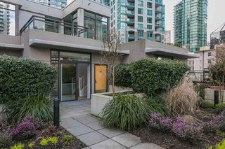 """Photo 17: 304 1211 MELVILLE Street in Vancouver: Coal Harbour Townhouse for sale in """"The Ritz"""" (Vancouver West)  : MLS®# R2142281"""