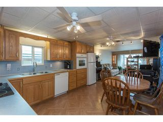 "Photo 5: 287 201 CAYER Street in Coquitlam: Maillardville Manufactured Home for sale in ""WILDWOOD MANUFACTURED HOME PARK"" : MLS®# R2147510"