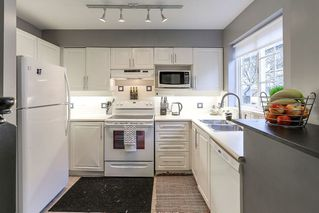 "Photo 10: 19 1561 BOOTH Avenue in Coquitlam: Maillardville Townhouse for sale in ""THE COURCELLES"" : MLS®# R2147892"