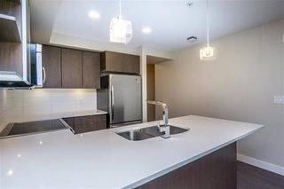 """Photo 6: 209 19936 56 Avenue in Langley: Langley City Condo for sale in """"BEARING POINTE"""" : MLS®# R2157249"""