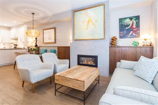 """Photo 4: 5938 OAK Street in Vancouver: Oakridge VW Townhouse for sale in """"MONTGOMERY TOWNHOMES"""" (Vancouver West)  : MLS®# R2162666"""