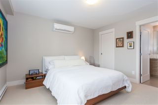 """Photo 10: 5938 OAK Street in Vancouver: Oakridge VW Townhouse for sale in """"MONTGOMERY TOWNHOMES"""" (Vancouver West)  : MLS®# R2162666"""