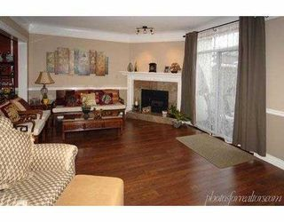 Photo 2: 6100 WOODWARDS Road in Richmond: Woodwards Townhouse for sale : MLS®# V626873