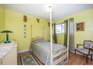 Photo 11: 13898 LAUREL DRIVE in North Surrey: Home for sale : MLS®# R2117493