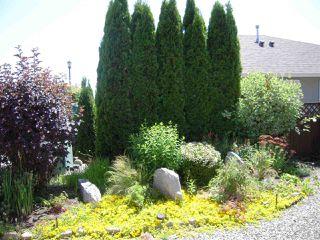 Photo 2: 5735 EMILY Way in Sechelt: Sechelt District House for sale (Sunshine Coast)  : MLS®# R2179124