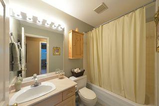 Photo 31: 908 HERRMANN STREET: House for sale : MLS®# V1104987