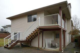 Photo 4: 908 HERRMANN STREET: House for sale : MLS®# V1104987
