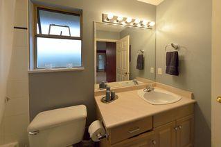 Photo 28: 908 HERRMANN STREET: House for sale : MLS®# V1104987
