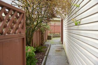 Photo 3: 908 HERRMANN STREET: House for sale : MLS®# V1104987