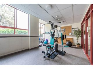 "Photo 18: 1204 220 ELEVENTH Street in New Westminster: Uptown NW Condo for sale in ""QUEEN'S COVE"" : MLS®# R2195000"