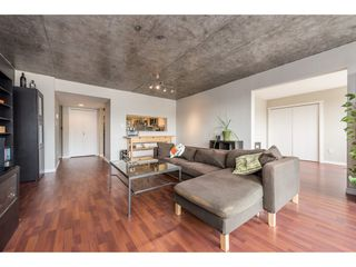 "Photo 3: 1204 220 ELEVENTH Street in New Westminster: Uptown NW Condo for sale in ""QUEEN'S COVE"" : MLS®# R2195000"