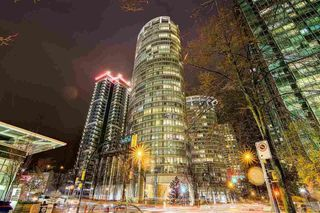 Photo 1: 902 1200 ALBERNI Street in Vancouver: West End VW Condo for sale (Vancouver West)  : MLS®# R2200659