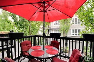 Photo 5: 160 6747 203rd Street in Langley: Willoughby Heights Townhouse for sale : MLS®# R2202597