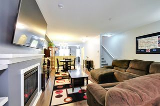 Photo 4: 160 6747 203rd Street in Langley: Willoughby Heights Townhouse for sale : MLS®# R2202597