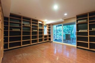 Photo 17: 1188 STRATHAVEN Drive in North Vancouver: Northlands Townhouse for sale : MLS®# R2215191