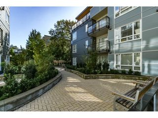 Photo 2: 402 13925 FRASER HIGHWAY in Surrey: Whalley Condo for sale (North Surrey)  : MLS®# R2213767