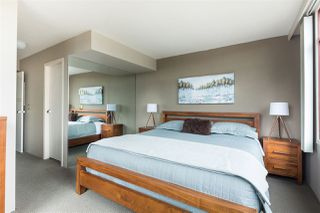 Photo 11: 1502 130 E 2ND Street in North Vancouver: Lower Lonsdale Condo for sale : MLS®# R2233908