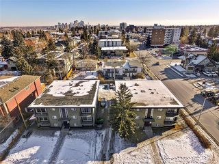 Main Photo: 1740 28 Street SW in Calgary: Shaganappi Multi Family for sale : MLS®# C4165557