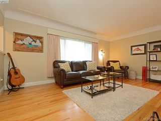 Photo 16: 450 Stannard Avenue in VICTORIA: Vi Fairfield West Residential for sale (Victoria)  : MLS®# 386482