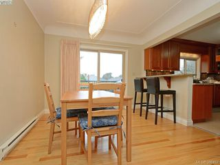Photo 9: 450 Stannard Avenue in VICTORIA: Vi Fairfield West Residential for sale (Victoria)  : MLS®# 386482
