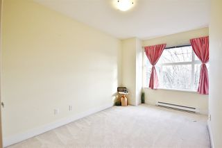 """Photo 14: 955 W 59TH Avenue in Vancouver: South Cambie Townhouse for sale in """"CHURCHILL GARDENS"""" (Vancouver West)  : MLS®# R2246405"""