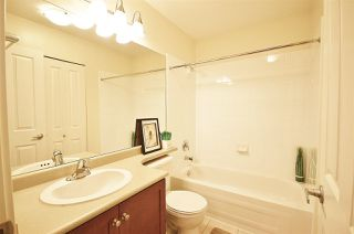 """Photo 18: 955 W 59TH Avenue in Vancouver: South Cambie Townhouse for sale in """"CHURCHILL GARDENS"""" (Vancouver West)  : MLS®# R2246405"""