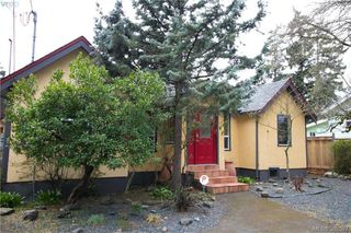 Photo 2: 671 Kelly Road in VICTORIA: Co Hatley Park Single Family Detached for sale (Colwood)  : MLS®# 389527