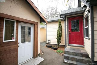 Photo 19: 671 Kelly Road in VICTORIA: Co Hatley Park Single Family Detached for sale (Colwood)  : MLS®# 389527