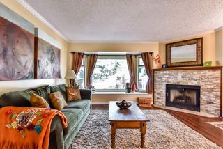 Photo 2: 58 1195 FALCON DRIVE in Coquitlam: Eagle Ridge CQ Townhouse for sale : MLS®# R2256270