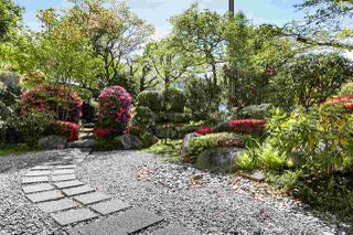 Photo 18: 303 1425 ESQUIMALT Avenue in West Vancouver: Ambleside Condo for sale : MLS®# R2265754