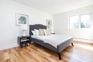 Photo 11: 303 1425 ESQUIMALT Avenue in West Vancouver: Ambleside Condo for sale : MLS®# R2265754
