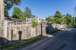 "Photo 17: 2663 MCBRIDE Avenue in Surrey: Crescent Bch Ocean Pk. House for sale in ""Crescent Beach"" (South Surrey White Rock)  : MLS®# R2271993"