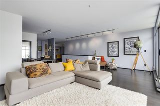 Photo 2: 1 1071 W 7TH Avenue in Vancouver: Fairview VW Condo for sale (Vancouver West)  : MLS®# R2275311