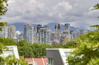Photo 6: 1 1071 W 7TH Avenue in Vancouver: Fairview VW Condo for sale (Vancouver West)  : MLS®# R2275311