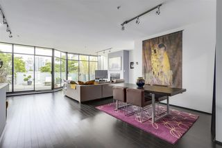 Photo 4: 1 1071 W 7TH Avenue in Vancouver: Fairview VW Condo for sale (Vancouver West)  : MLS®# R2275311