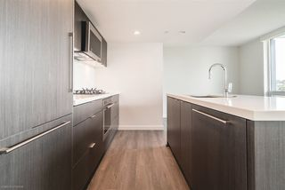 """Photo 8: 904 8189 CAMBIE Street in Vancouver: Marpole Condo for sale in """"NORTHWEST BY ONNI"""" (Vancouver West)  : MLS®# R2282290"""