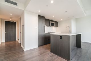 """Photo 3: 904 8189 CAMBIE Street in Vancouver: Marpole Condo for sale in """"NORTHWEST BY ONNI"""" (Vancouver West)  : MLS®# R2282290"""
