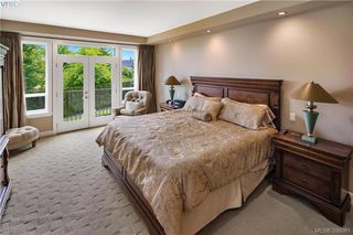 Photo 15: 6433 Fox Glove Terr in VICTORIA: CS Tanner House for sale (Central Saanich)  : MLS®# 796387