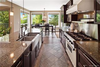 Photo 9: 6433 Fox Glove Terr in VICTORIA: CS Tanner House for sale (Central Saanich)  : MLS®# 796387
