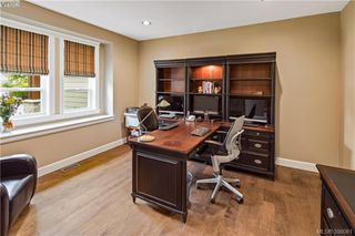 Photo 12: 6433 Fox Glove Terr in VICTORIA: CS Tanner House for sale (Central Saanich)  : MLS®# 796387