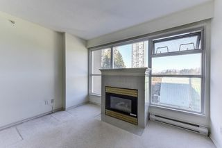 """Photo 2: 701 9830 WHALLEY Boulevard in Surrey: Whalley Condo for sale in """"KING GEORGE PARK TOWER"""" (North Surrey)  : MLS®# R2326650"""