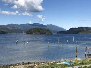 "Photo 17: 5927 BEACHGATE Lane in Sechelt: Sechelt District Townhouse for sale in ""Edgewater"" (Sunshine Coast)  : MLS®# R2328680"