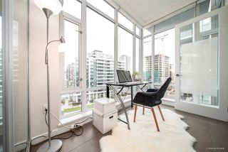 "Photo 8: 708 1633 ONTARIO Street in Vancouver: False Creek Condo for sale in ""KAYAK"" (Vancouver West)  : MLS®# R2333563"