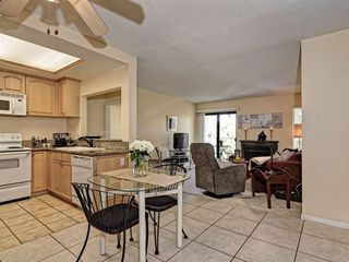 Photo 2: SAN DIEGO Condo for sale : 2 bedrooms : 2941 C Street #468