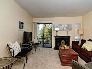 Photo 7: SAN DIEGO Condo for sale : 2 bedrooms : 2941 C Street #468