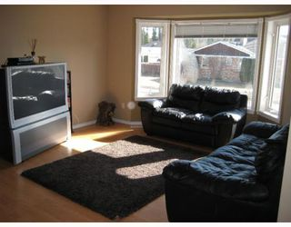 Photo 4: 1793 BACHINSKI CR in Prince_George: North Blackburn House for sale (PG City South East (Zone 75))  : MLS®# N191447