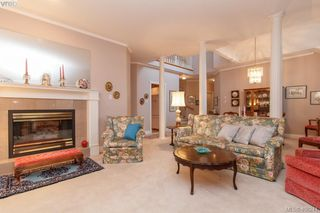Photo 4: 7 520 Marsett Place in VICTORIA: SW Royal Oak Townhouse for sale (Saanich West)  : MLS®# 406241