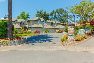 Photo 42: 7 520 Marsett Pl in VICTORIA: SW Royal Oak Row/Townhouse for sale (Saanich West)  : MLS®# 807296
