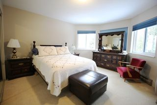 """Photo 7: 7433 142 Street in Surrey: East Newton House for sale in """"Newton"""" : MLS®# R2346790"""