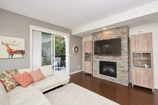 """Photo 5: 1 102 FRASER Street in Port Moody: Port Moody Centre Townhouse for sale in """"CORBEAU"""" : MLS®# R2347326"""